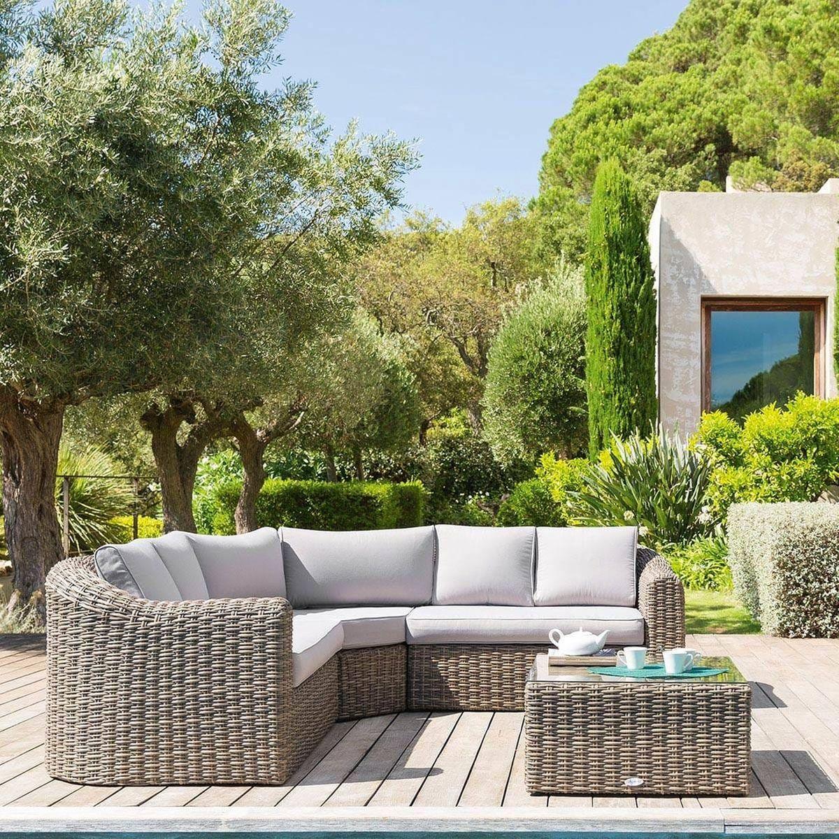 Salon De Jardin En Resine Tressee Moorea 5 Places Taille