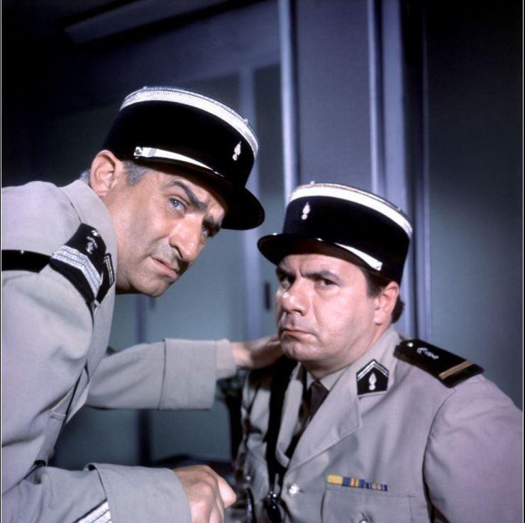 """Résultat de recherche d'images pour """"gendarme louis de funes rigole"""""""