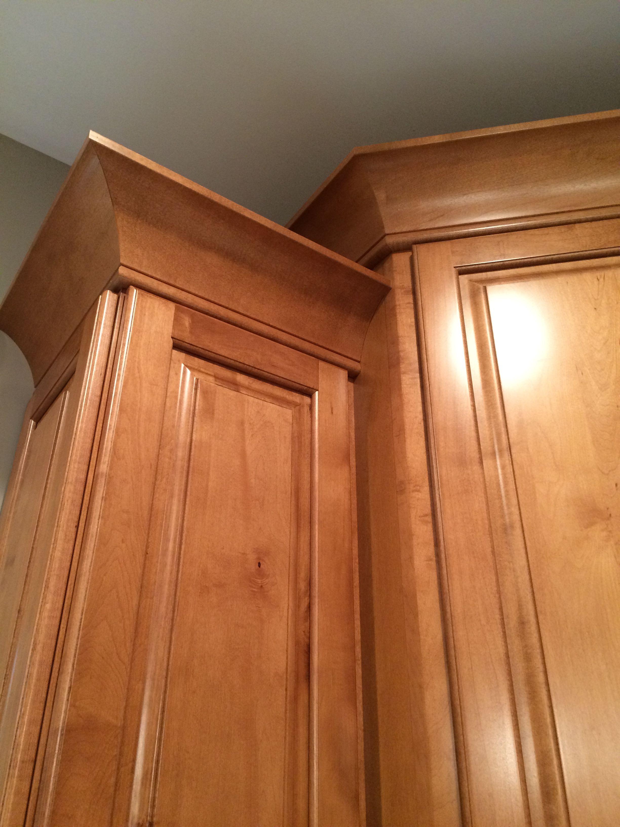 Beautiful KraftMaid kitchen, Marquette Maple Praline ...