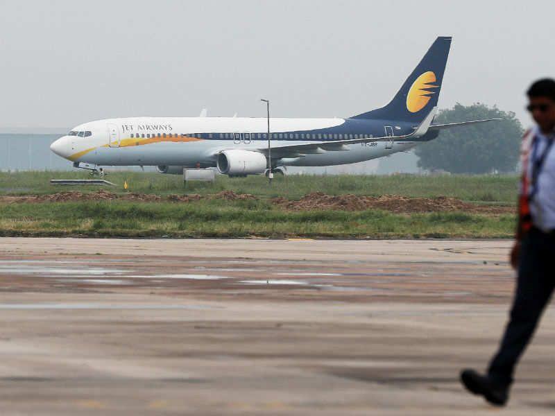 Jet Airways Cancels 14 Flights As Pilots Report Sick Over Non Payment Of Salaries Jet Airways Pilot Jet