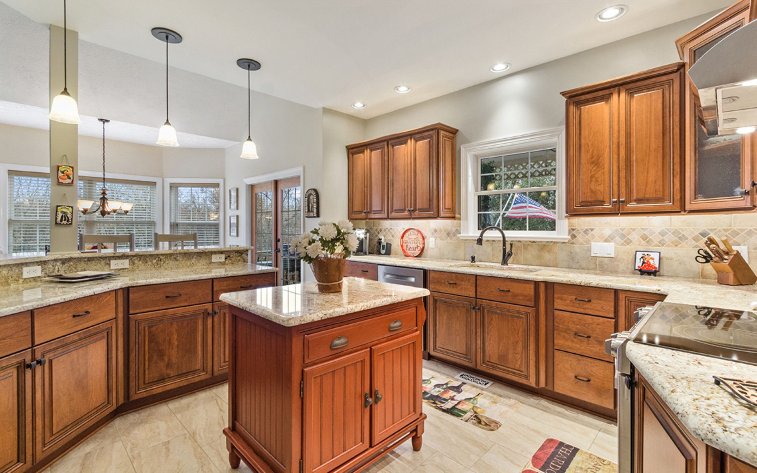 Best 15 Custom Kitchen Cupboards Lowes August 2 2018 Kevin 640 x 480