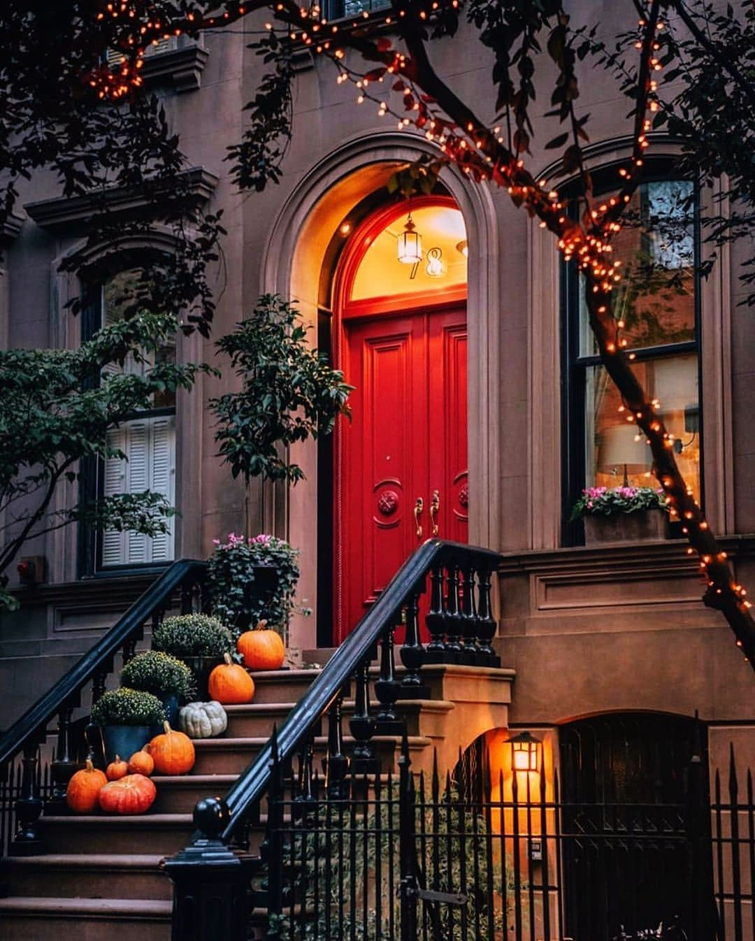 Christmas Things To Do In Upstate Ny 2020 20 Awesome Farmhouse Christmas Ideas in 2020 | Halloween porch