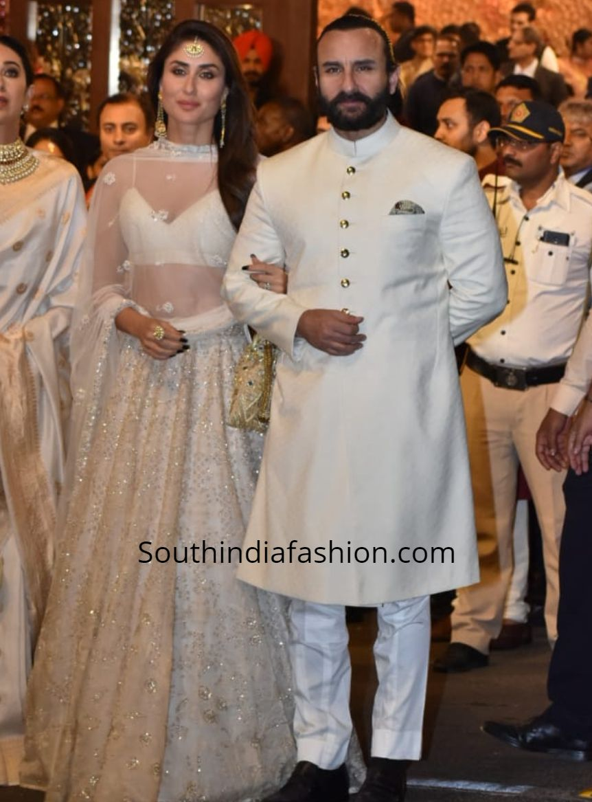Kareena Kapoor In A White Lehenga At Isha Ambani Anand Piramal Wedding South India Fashion Indian Bridal Fashion Traditional Indian Outfits Indian Designer Outfits