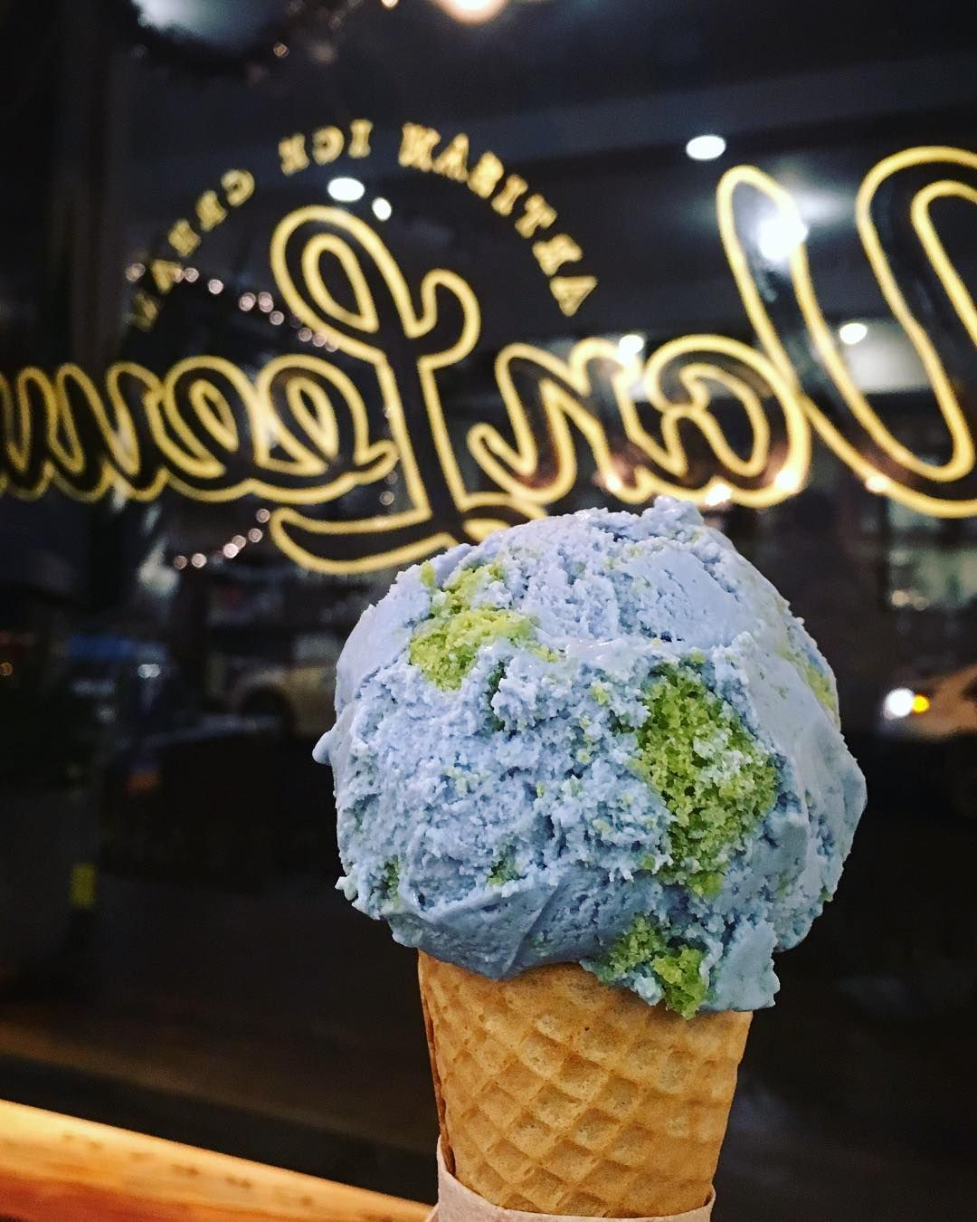 Nychloe How On Earth Does Van Leeuwen Manage To Make Such Great Vegan Ice Cream Vanleeuwenicecream Vegan Ice Cream La Food Foodie