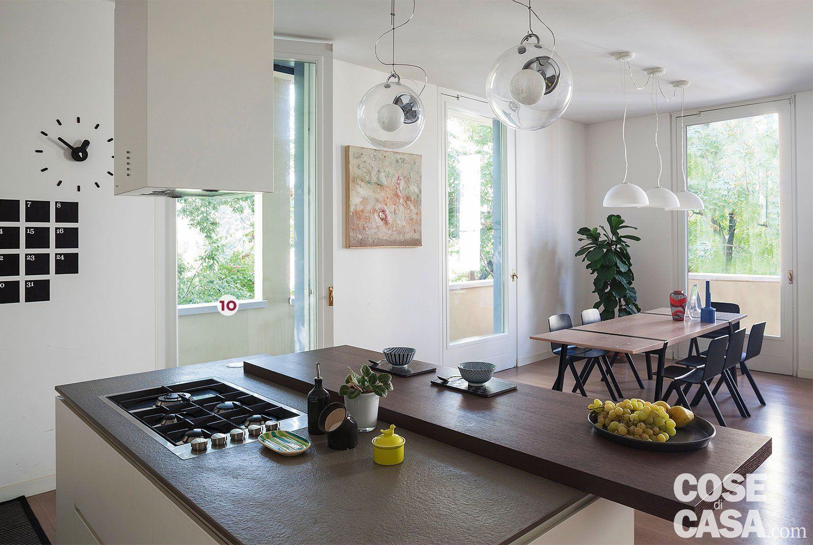 Cucina Soggiorno Stretta E Lunga una casa con il soggiorno open space che diventa più grande