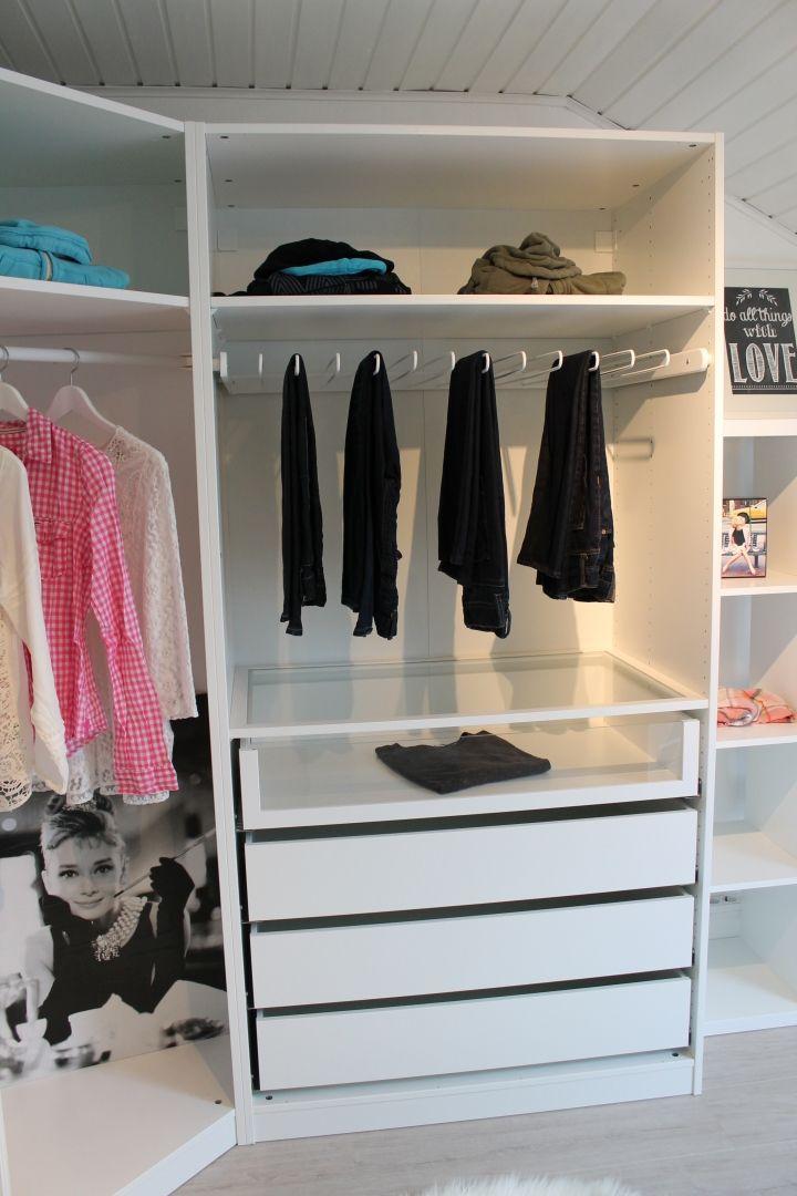 Ankleidezimmer ikea pax  IKEA PAX is a girls best friend... | Kleiderordnung, Ikea pax und ...