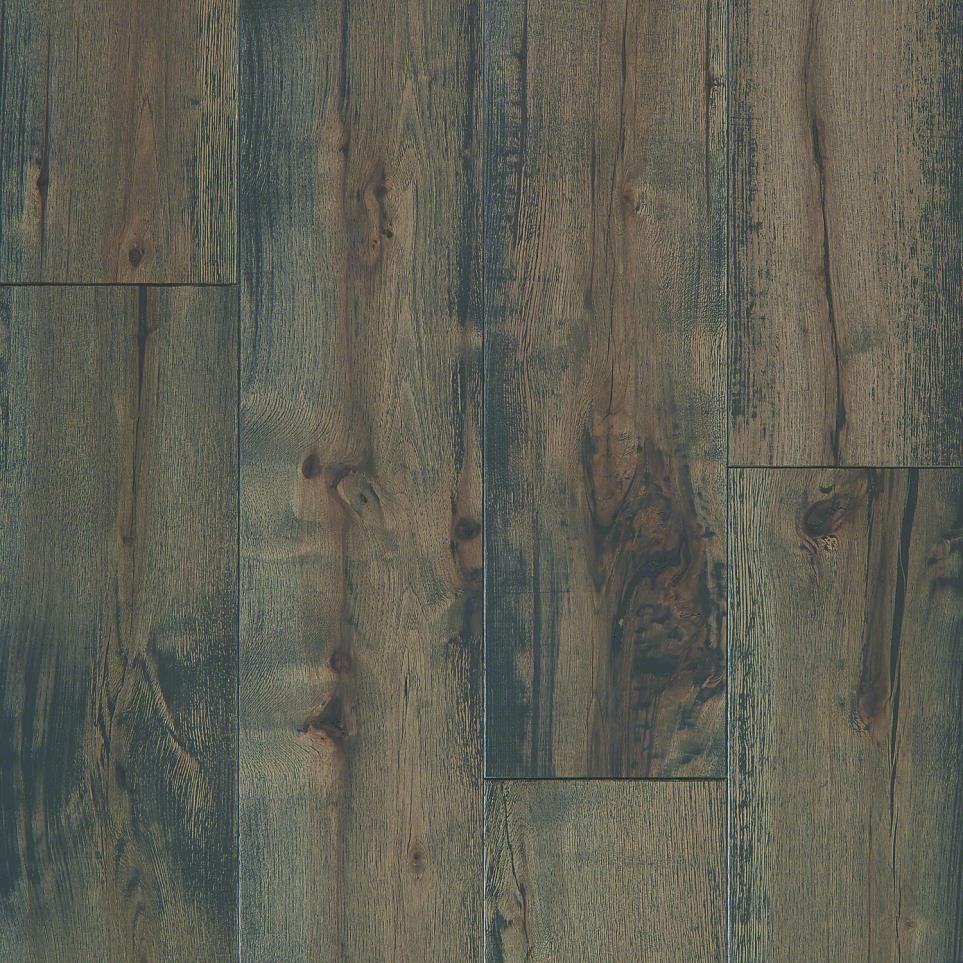 Hazelbaker Sliced Hickory Black By Floorcraft Heritage From Flooring America Floorcraft Dream Kitchens Design Hickory Flooring
