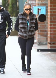 Sexiest celebrities who wear Air Jordan sneakers - Page 6 of 9 - Rolling Out