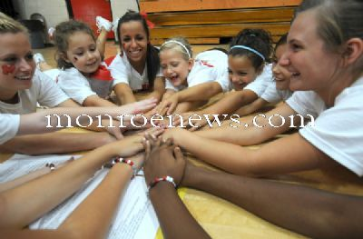 Monroe High School cheerleading clinic fall 2009. Photo by Kim Brent for The Monroe Evening News.