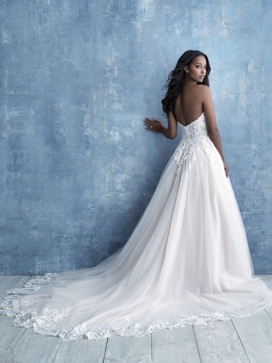 Style 9715 Allure Bridals Allure Bridal Allure Wedding Dresses Affordable Bridal Gowns [ 1200 x 900 Pixel ]