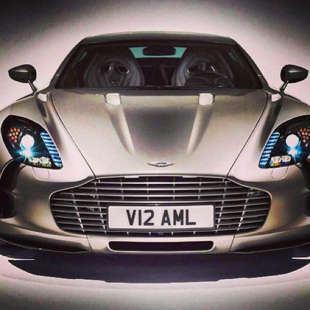 Perfect & Beautiful : Aston Martin