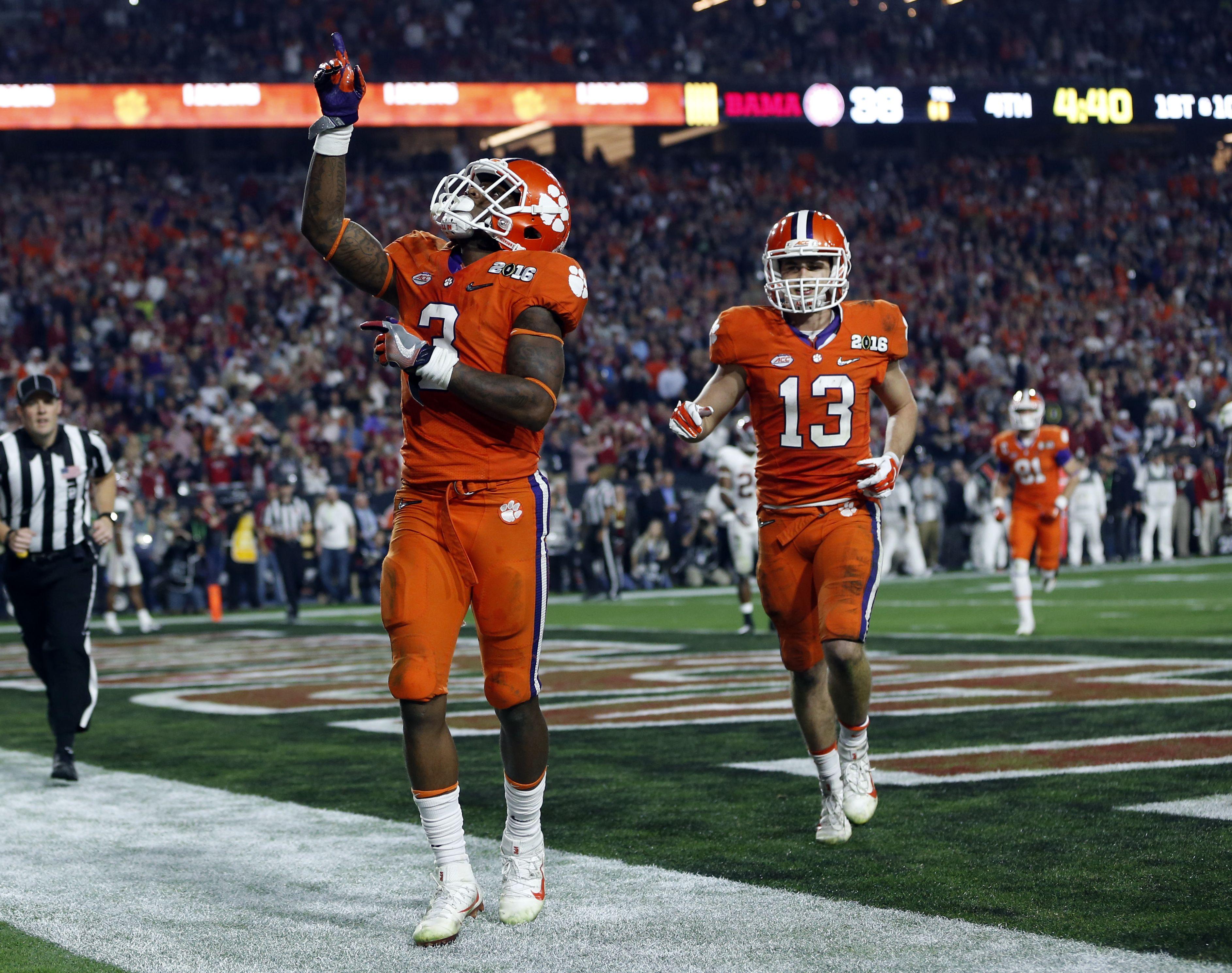 Clemson celebrates after a touchdown Clemson football
