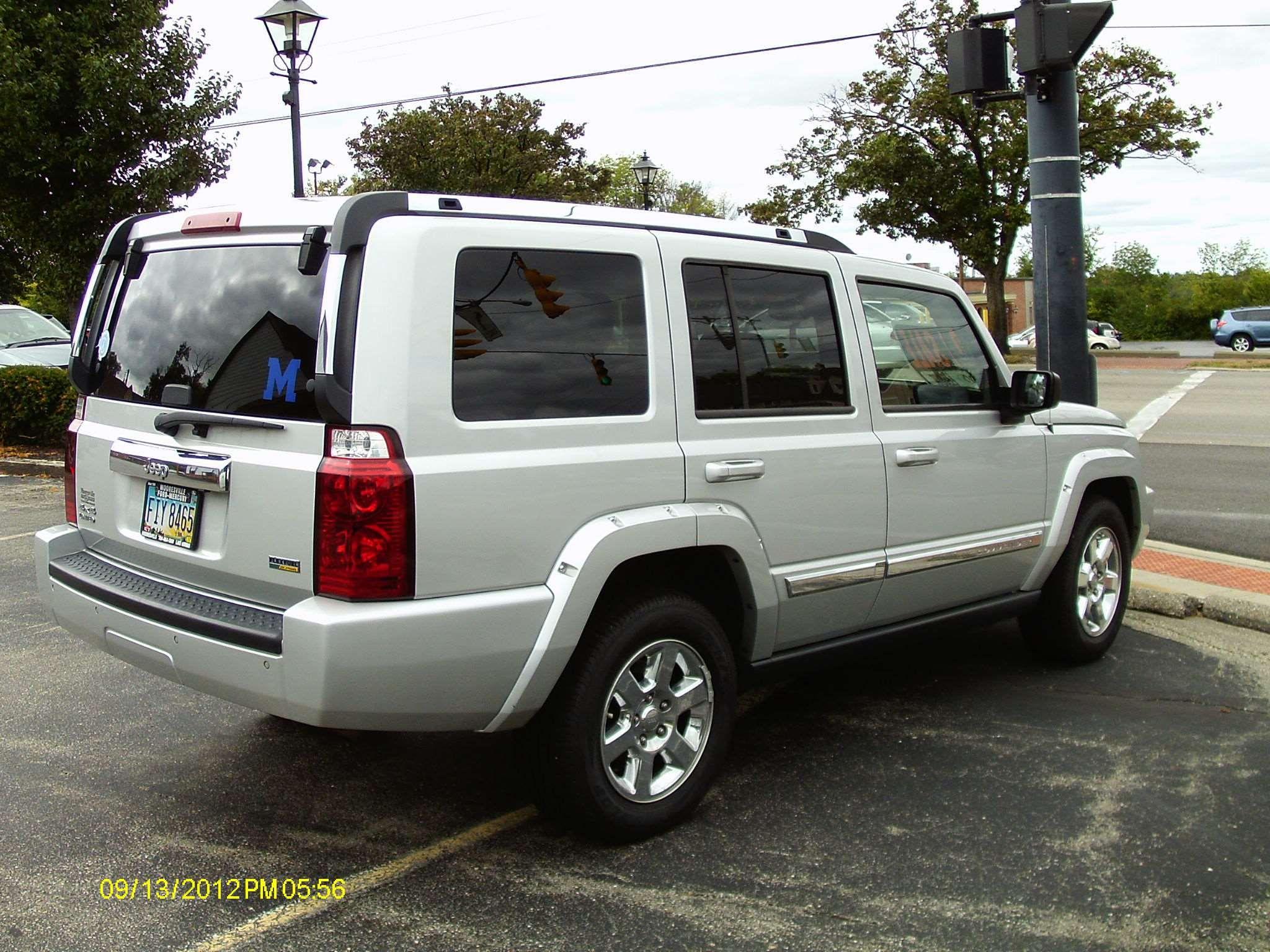 make: jeep model: commander year: 2007 exterior color: silver