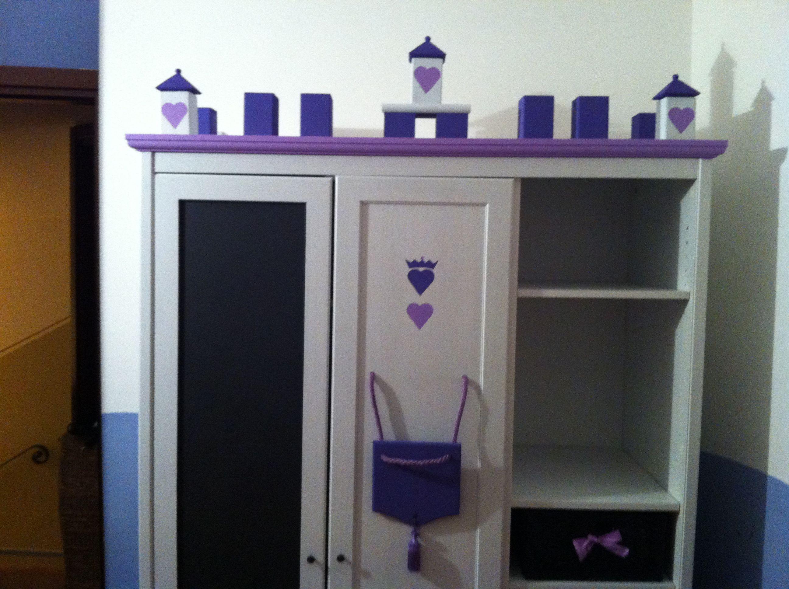 """Armadio Aspelund di Ikea trasformato in un armadio stile """"Castello ..."""