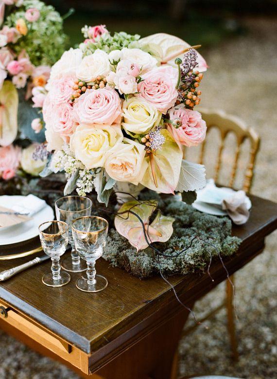 Italian elopement wedding inspiration   Photo by Jen Wojcik Photography   Read more -  http://www.100layercake.com/blog/?p=78691