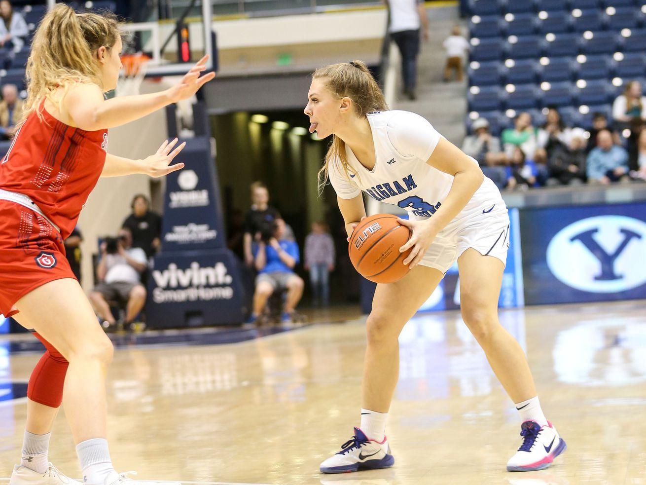 Physical Pepperdine Squad Knocks Byu Out Of Wcc Women S Tournament 62 51 West Coast Conference Basketball Teams Women