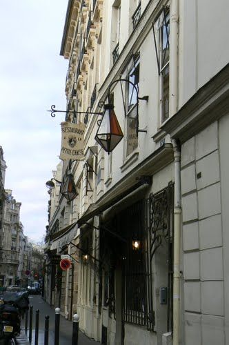 1680 AD La Petite Chaise Paris France Restaurants