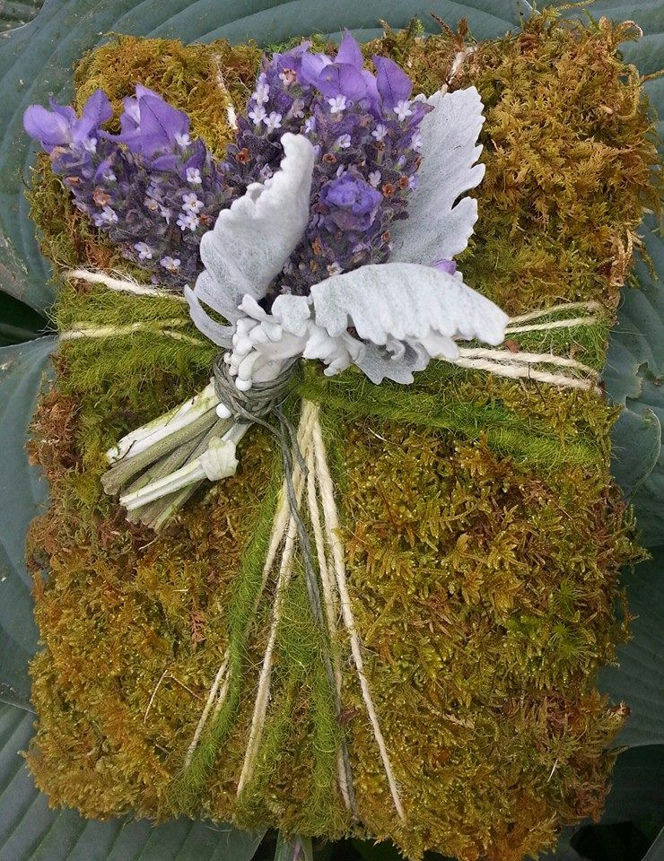 ring bearers moss pillow with lavender and dusty miller