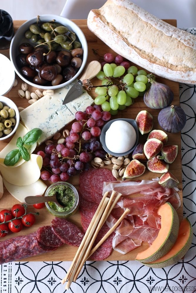 antipasti platte zuhause selber machen food and drink in. Black Bedroom Furniture Sets. Home Design Ideas