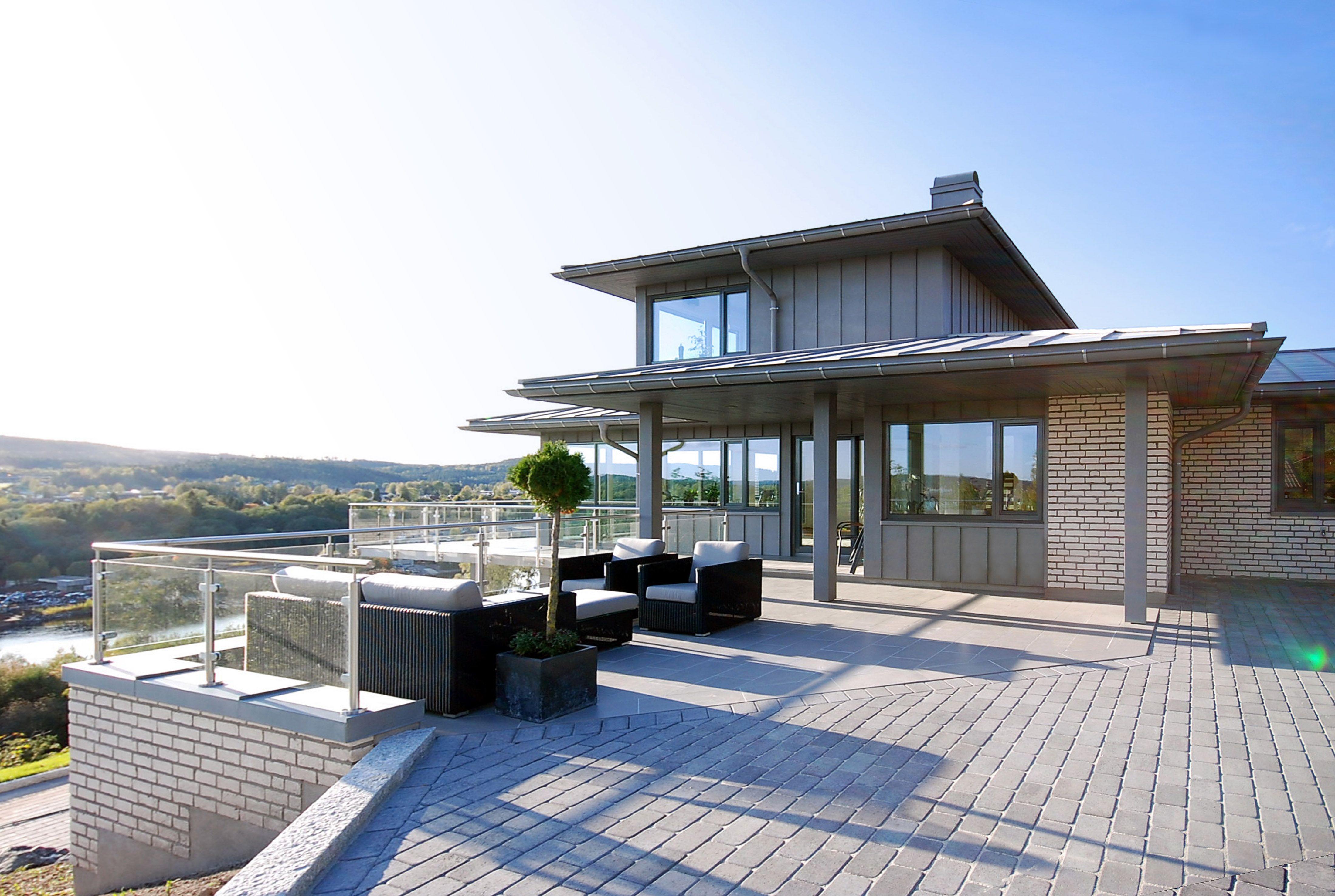 Kongsgård Gråmix gir et moderne og innbydende inntrykk.