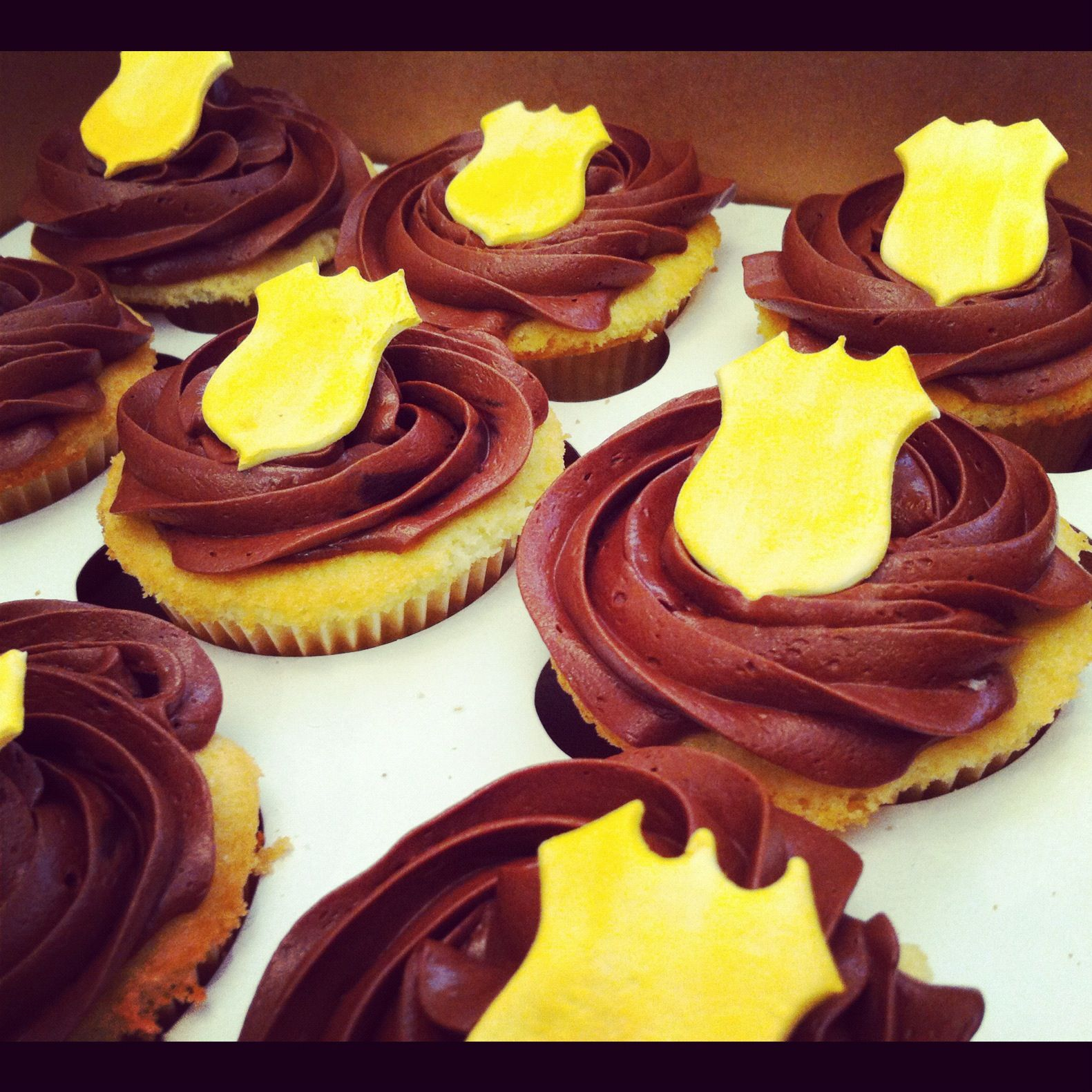 Public Servant Cupcakes - This could work for police, fire, EMS, etc.