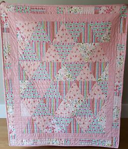NEW-100-cotton-Baby-Quilt-Play-mat-Blanket-Handmade-by-LottyLovesQuilts