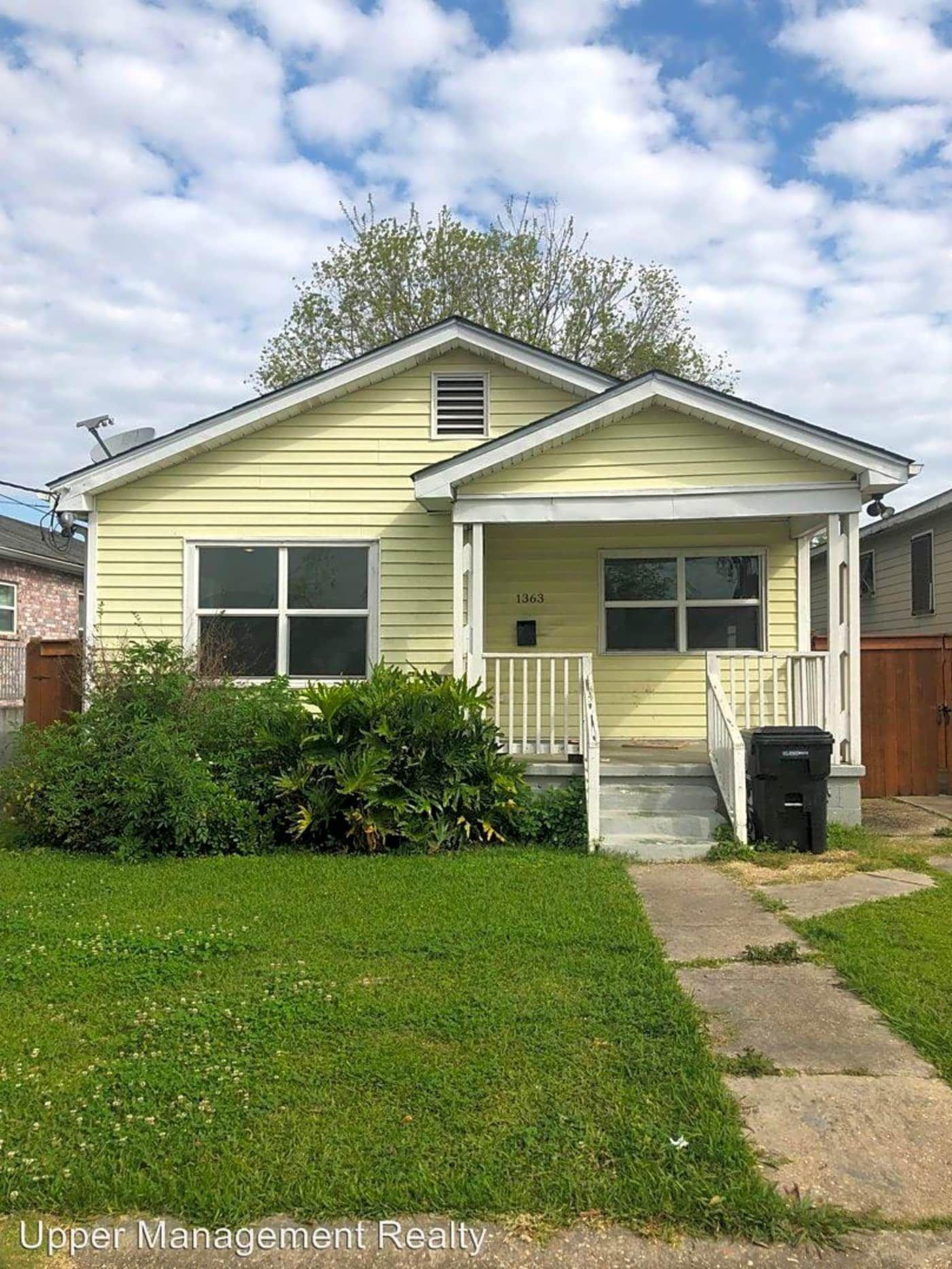 1363 Harrison Ave Harrison Ave New Orleans La Houses For Rent Rent Com Renting A House New Orleans Homes New Orleans Apartment