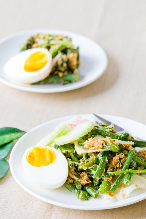Vegetable Salad with Coconut, Urap Sayur