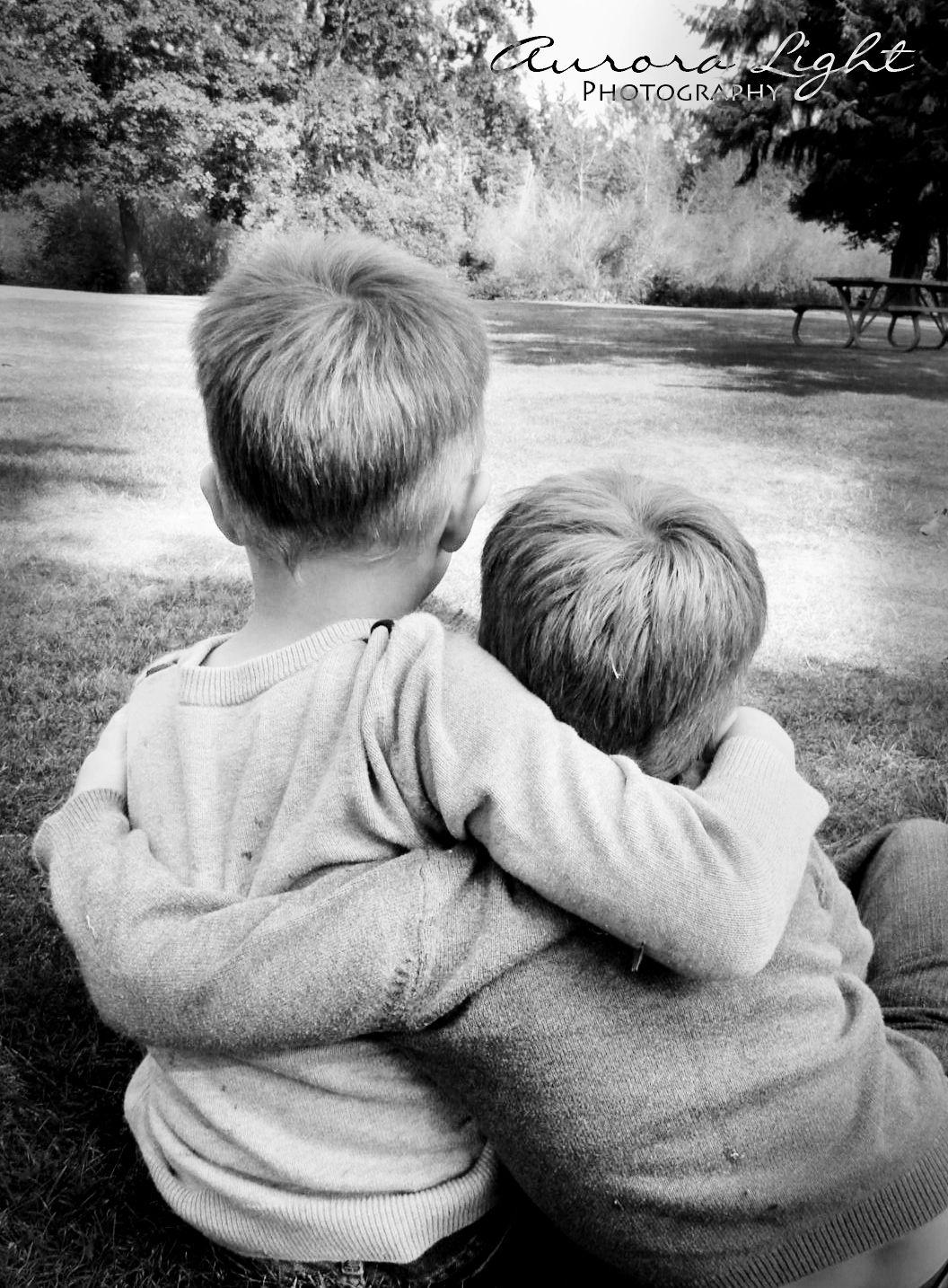 Brothers, Boys, Family Photos, Fun Idea to do at the Park ...