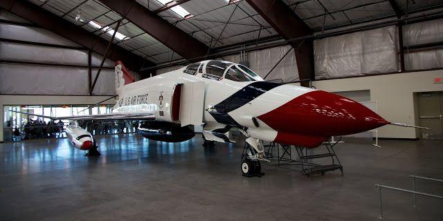 Io e te tre metri di traverso: McDonnell Douglas F-4E Phantom II : Longevità e potenza alate