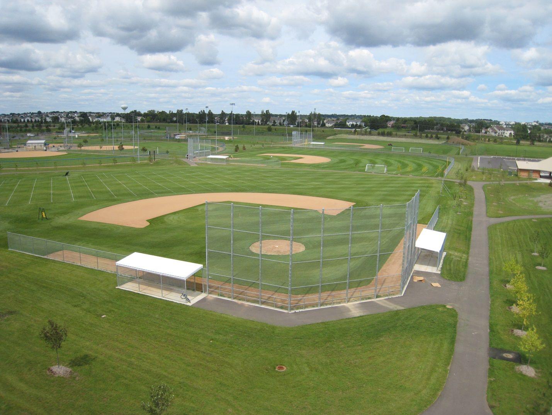 Bielenberg Sports Center Outdoor rink, Sports, Park