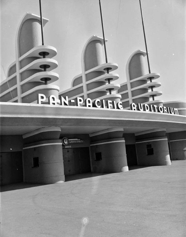 Pan-Pacific Auditorium, streamline moderne art deco architecture, signage.