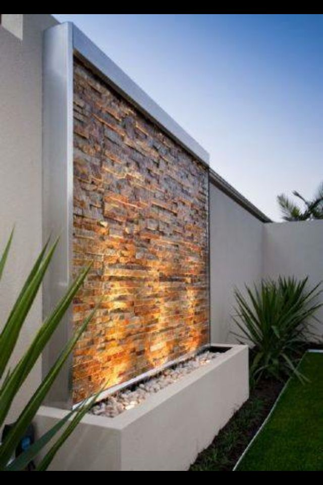 Muro llor n muros llorones pinterest llor n - Fuentes minimalistas para jardin ...