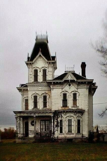 Victorian Gothic Houses 99) victorian house | bixidore: prince of wonderland | pinterest