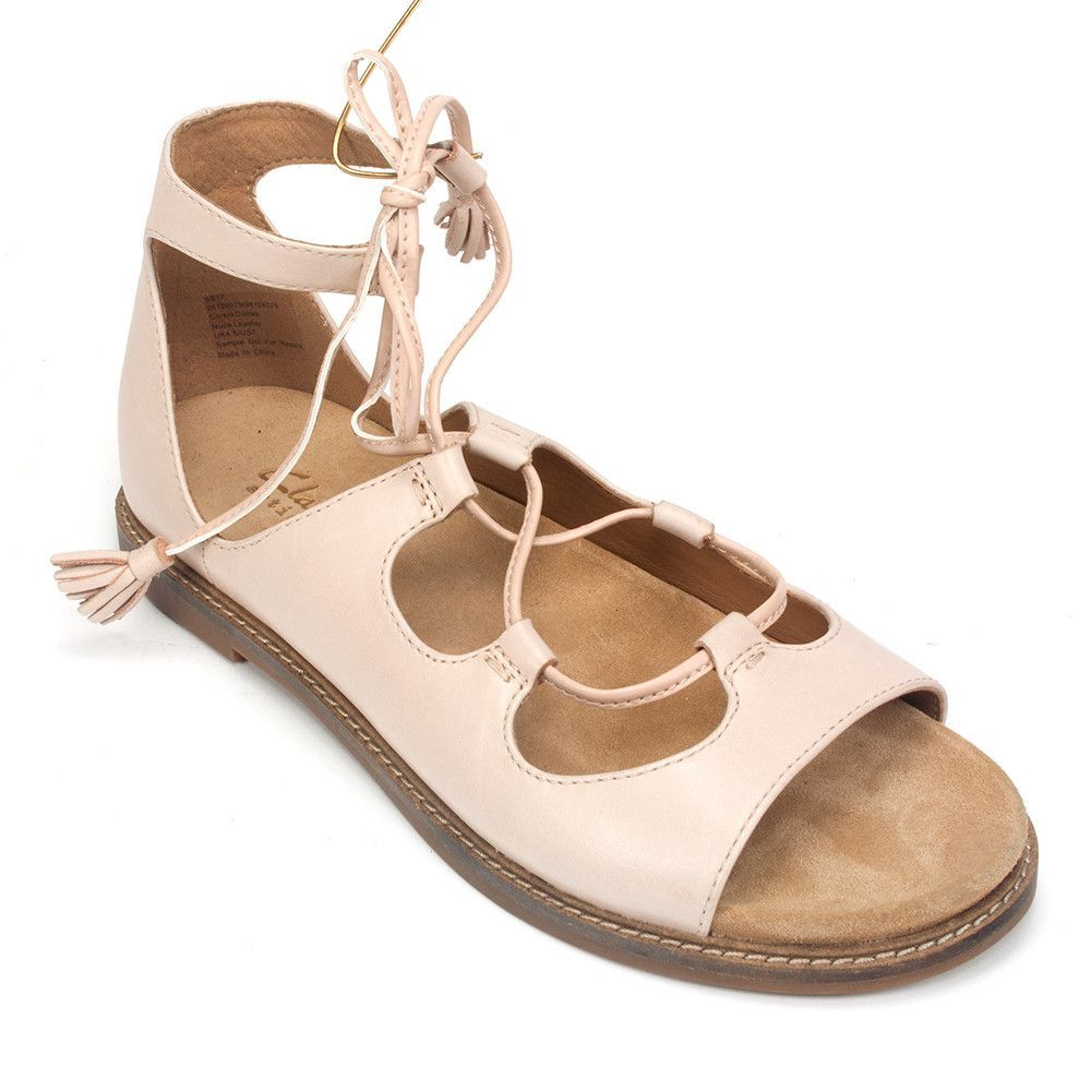 Además bar crimen  Clarks Women's Corsio Dallas Leather Gilly Sandal Shoe | Simons Shoes |  Sandals, Clarks, Shoes sandals