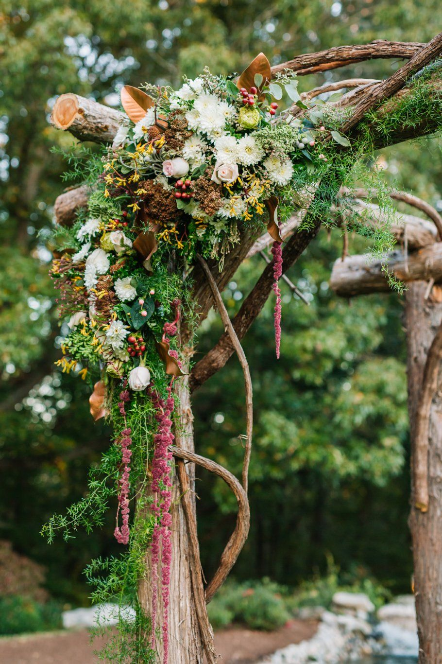 Woodsy + Whimsical Arbor Floral Arrangement | Photography by Christian Agha Photography
