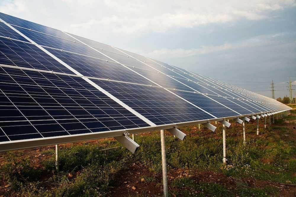 """Woodland, el Pueblo de EE.UU. que no quiere una granja solar porque """"absorben mucha luz del sol"""""""