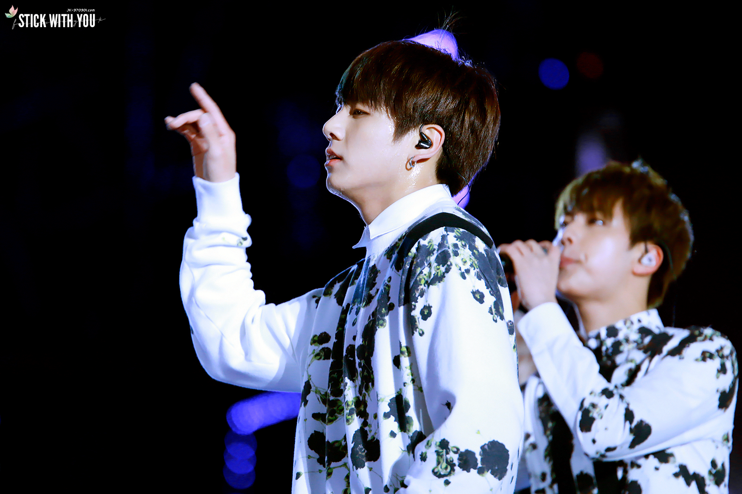 [Picture/Fansitesnap] BTS at 2015 Kpop World Festival in Changwon [151030] | btsdiary