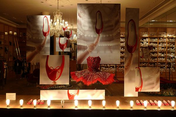 Repetto window display, Paris