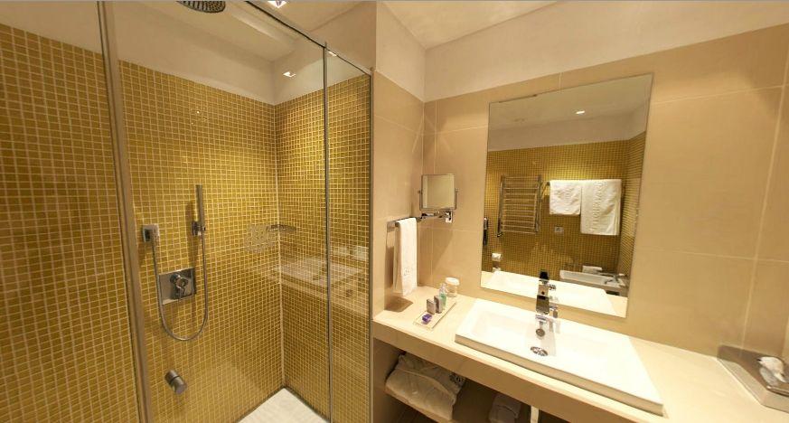 Hotel Dostyk, Kazajistán | Tiendas de baños, Decoracion ...