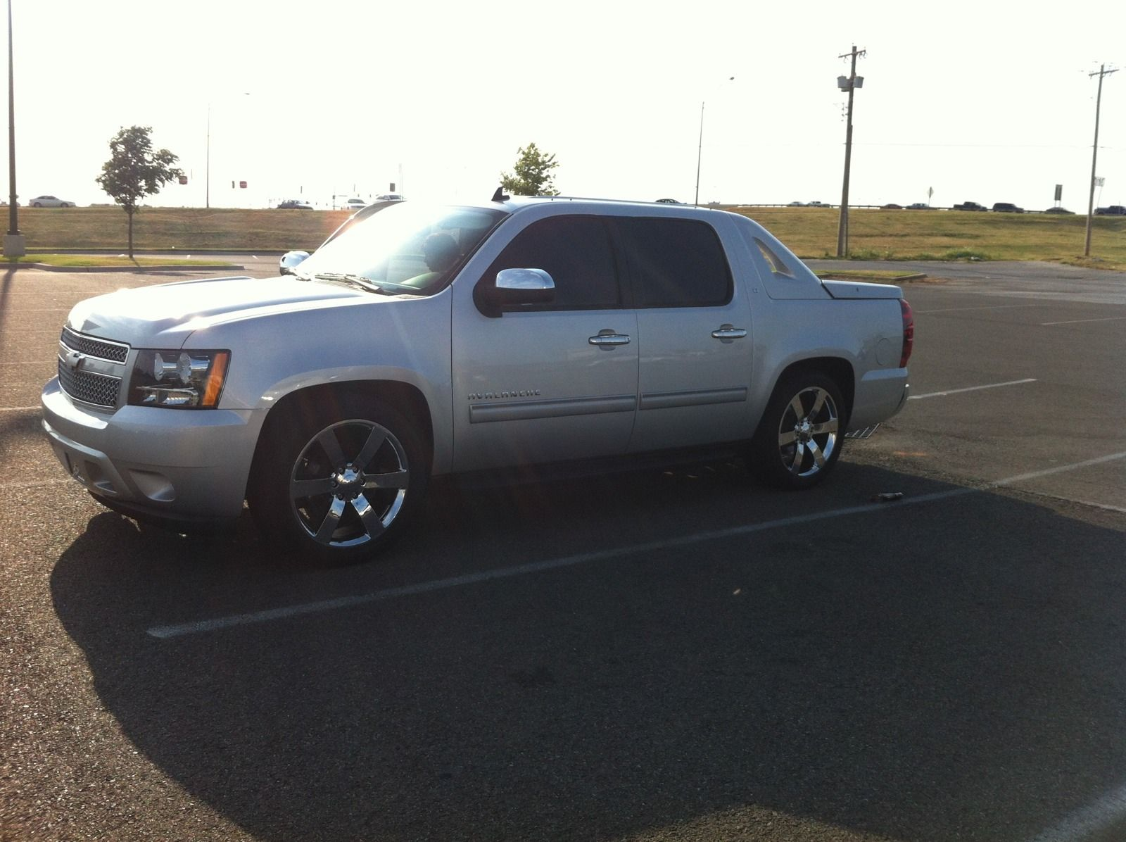 Avalanche With Denali Wheels Google Search Chevy Avalanche