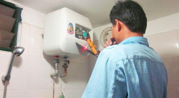 Sửa máy nước nóng tphcm tận nơi
