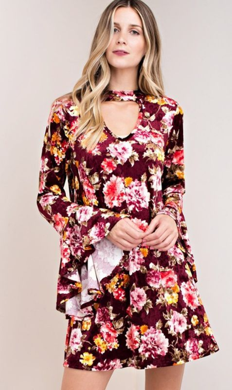 2818b1ed936 Kori America Gorgeous Ice Velvet Floral Shift Baby doll Boho Dress with  wide bell sleeve accent