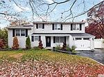 Falcon Ave Selden Ny Zillow House Styles House Mansions