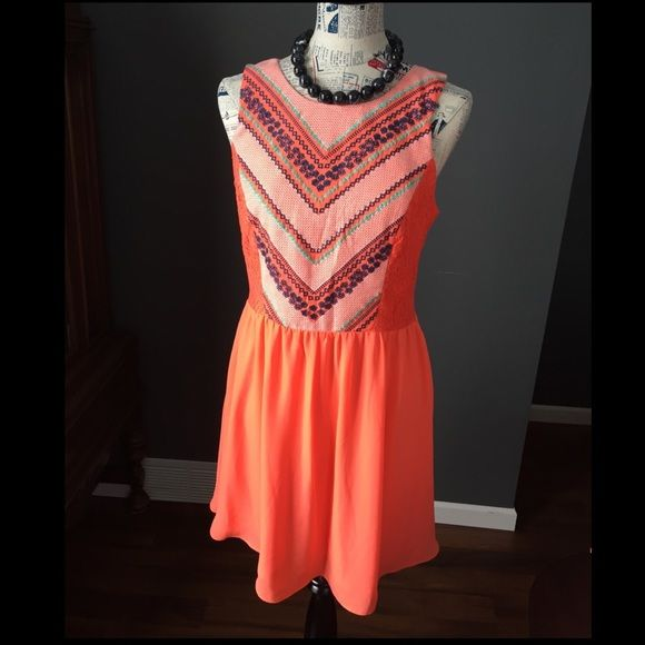 ✨PoshFest HP✨Aztec print, lace & chiffon dress Beautiful color of orangey-coral! Top is lace and stitching for the Aztec print. Bottom is chiffon, fully lined. Exposed back zipper. My Michelle Dresses