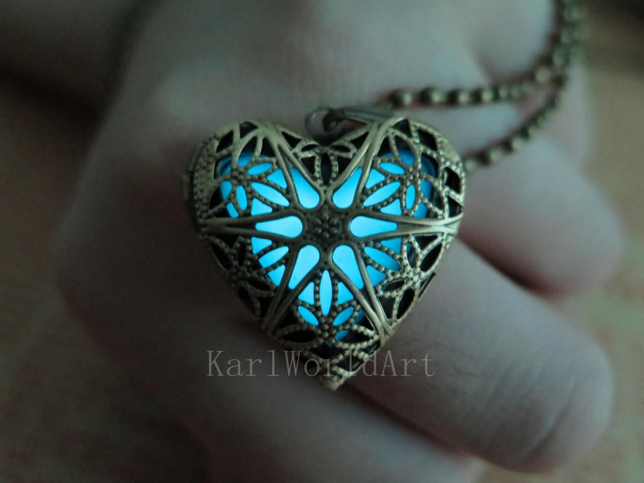 atlantis shipping glowing heart pin by free the of pendant karlworldart cyan necklace