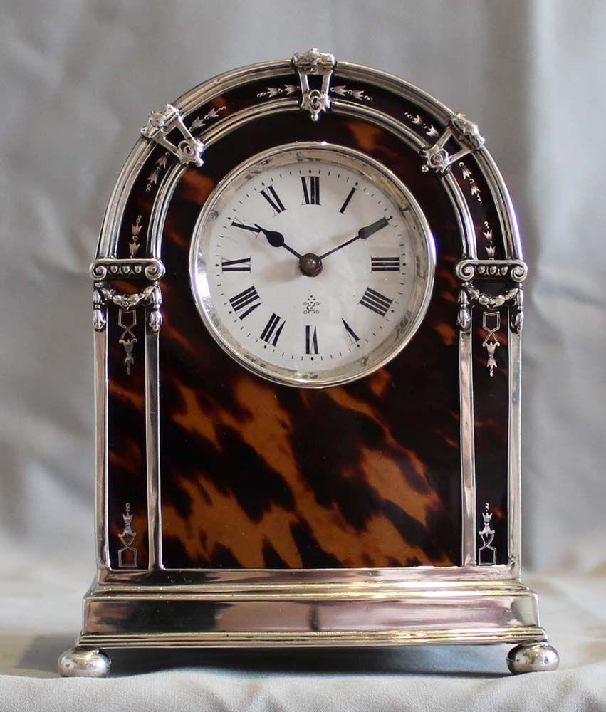 English George V silver and tortoiseshell mantel clock. London, 1920.