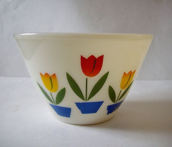 Fire King Tulip Bowl Vintage Mixing Bowl 4 QT by NanNasThings, $32.95