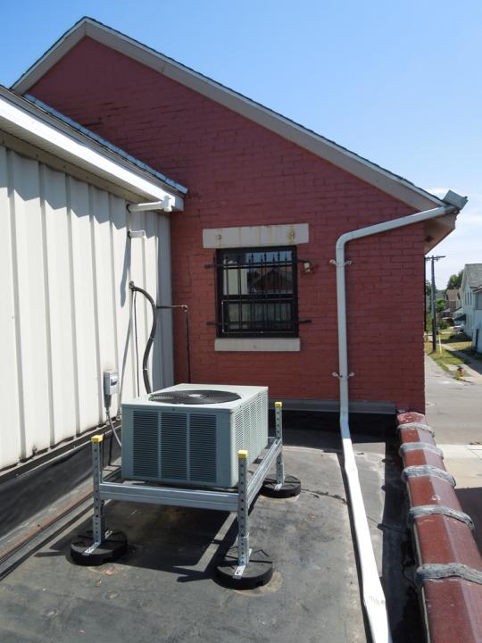 Eberliron Rooftop Hvac Equipment Outdoor Structures