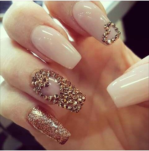 Cute Coffin Nails For Valentine S Day Gold Nails Valentine S Day Nails Vday Nails